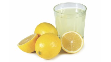 Acqua e Limone al Mattino: Disintossicare l'Organismo